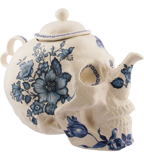 Trevor_Jackson_flower_teapot_far4