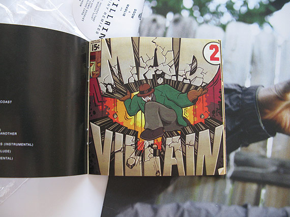 madvillainyrmx-3book