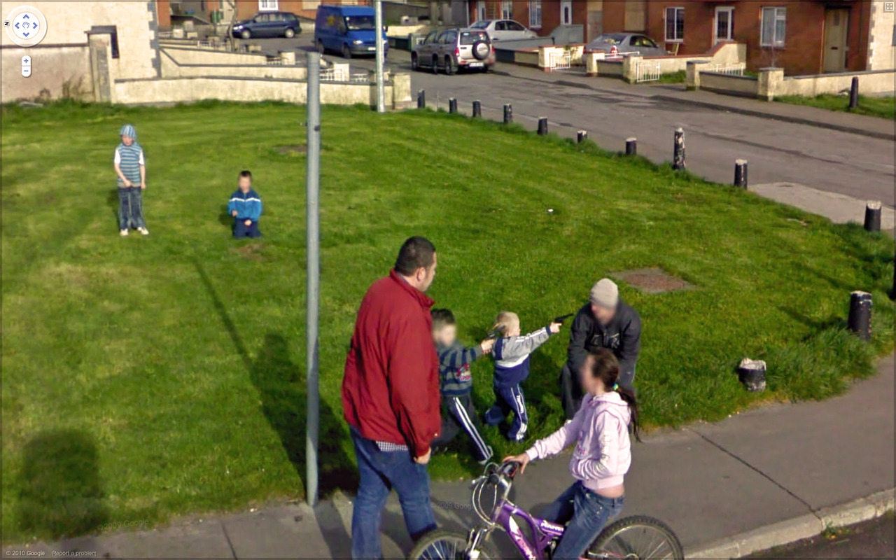 Best of 2013: What One Finds on Google Street View : tumblr_lbcfiz3HhC1qzun8o.jpg