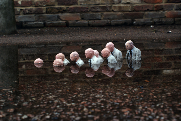 The Cement Eclipses Series by Isaac Cordal: isaac_cordal_2_20110517_1087940224.jpg