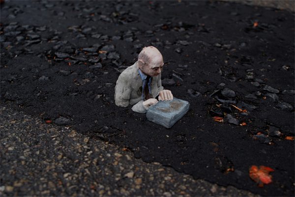 The Cement Eclipses Series by Isaac Cordal: isaac_cordal_4_20110517_1768718614.jpg