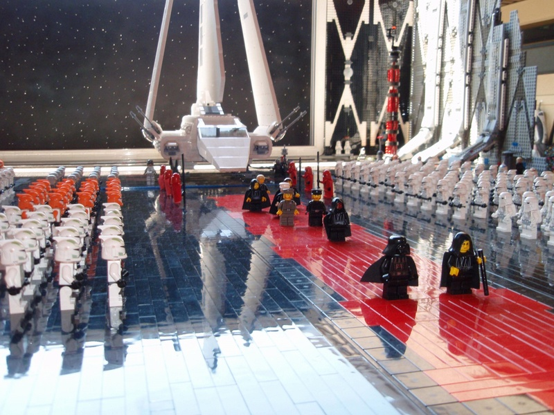 The Death Star Hangar Made of LEGOS: death_star_lego_16_20110526_1761199663.jpg