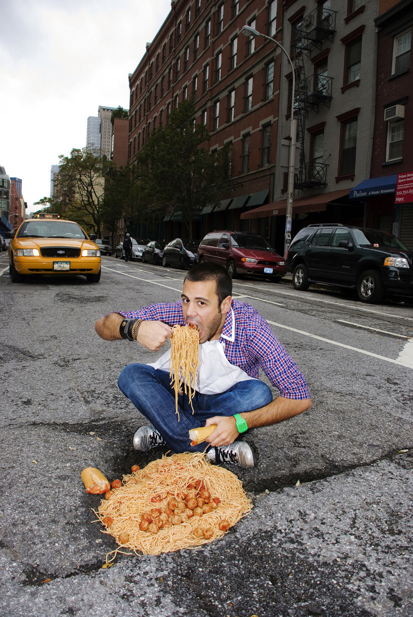 Turning Potholes Into Art by Claudia Ficca and Davide Luciano: potholes_14_20110607_1854817497.jpg