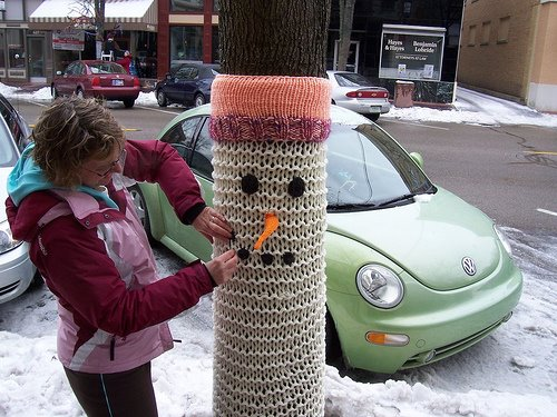 Knitted Things You Don't Need But Look Great: knitted_things_13_20110616_1770219863.jpg