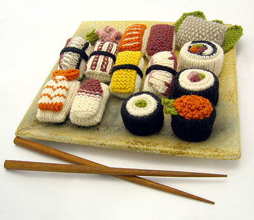 Knitted Things You Don't Need But Look Great: knitted_things_8_20110616_1476319909.jpg