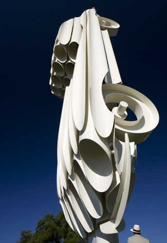 Car Culture: Jaguar E-Type Sculpture by Gerry Judah: jaguar_sculpture_11_20110705_1092360967.jpg
