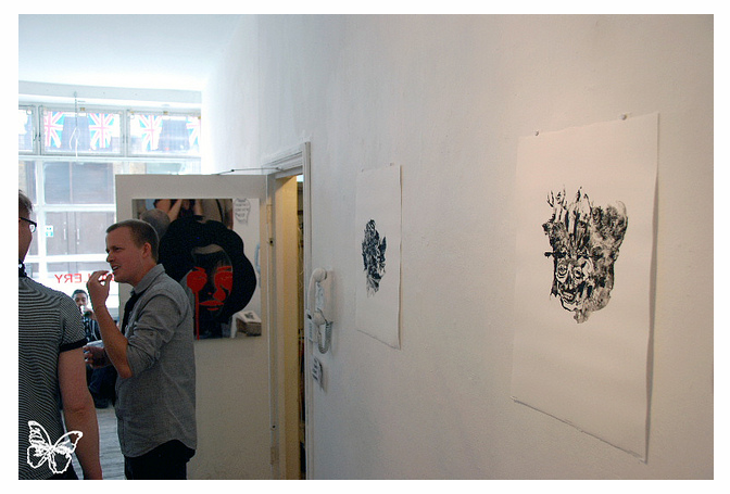 Opening Photos: Grady Gordon at Pure Evil Gallery London: grady_gordon_11_20110711_2006548017.png