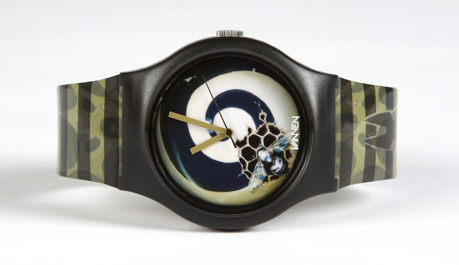 "Greg ""Craola"" Simkins Limited Edition Vannen Artist Watch: craola_watch_1_20110713_1550193529.jpg"