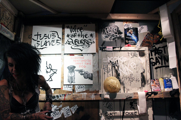 "In L.A.: Opening Photos from Lush ""Sells Out In LA"": lush_la_9_20110719_1994145112.jpg"