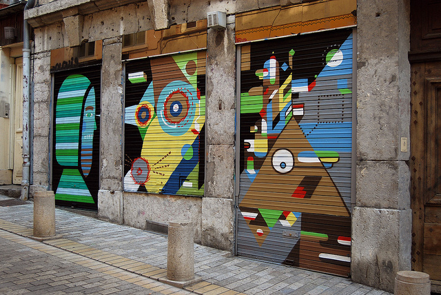 In Street Art: The Work of Nelio: nelio_16_20110721_1066159883.jpg