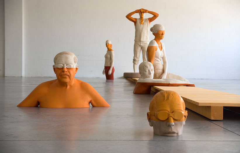 Wooden Sculptures by Willy Verginer: Picture-9.png