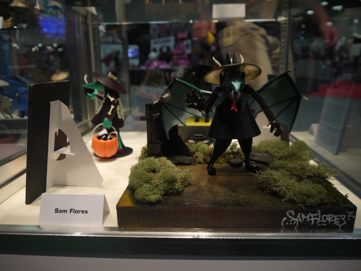 Comic Con 2011: Mad Magazine Celebrates 50 Years of Spy vs Spy: comic_con_2011_mad_magazine_50_years_2_3_20110722_1965295033.jpg