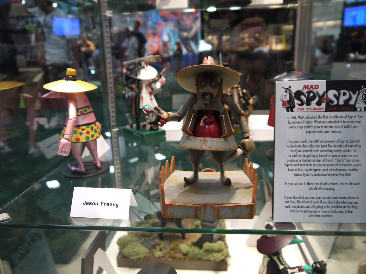 Comic Con 2011: Mad Magazine Celebrates 50 Years of Spy vs Spy: comic_con_2011_mad_magazine_50_years_6_20110722_2065961440.jpg