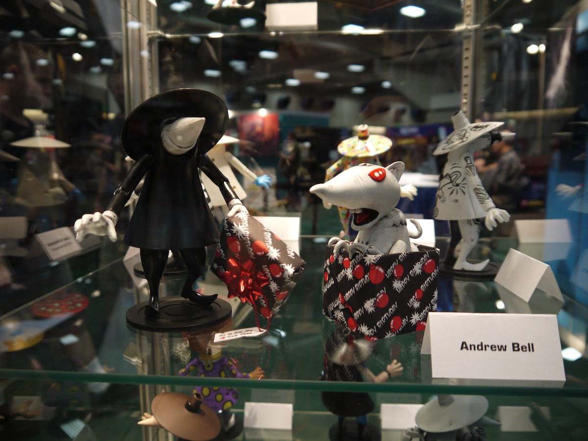 Comic Con 2011: Mad Magazine Celebrates 50 Years of Spy vs Spy: comic_con_2011_mad_magazine_50_years_9_20110722_2034134350.jpg