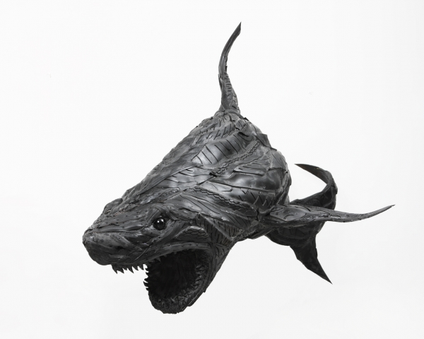 Recycled Tire Sculptures by Yong Ho Ji: yong_ho_ji_1_20110725_1521557241.jpg
