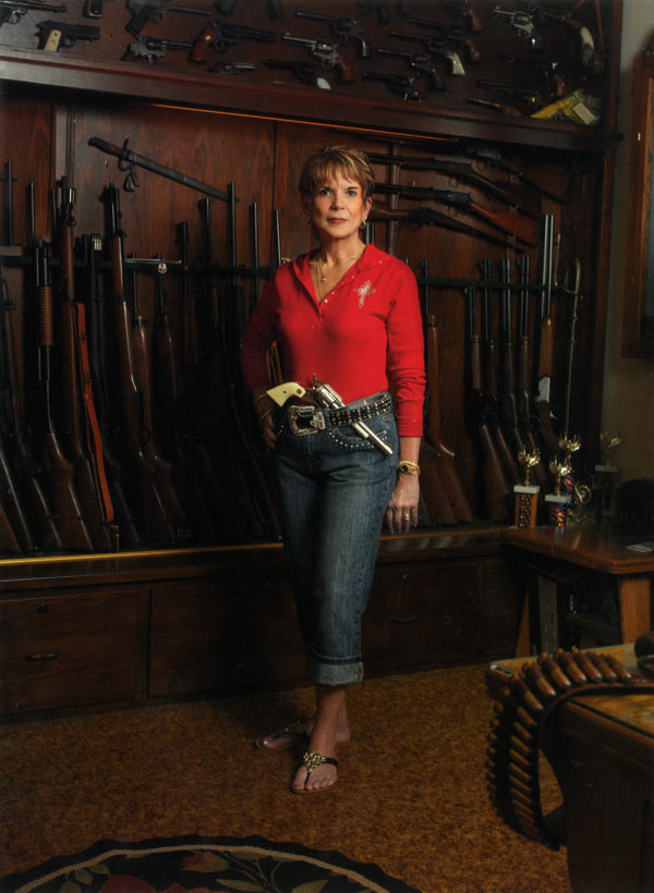 Chicks With Guns: Photographs by Lindsay McCrum: chicks_with_guns_3_20110816_1997185828.jpg