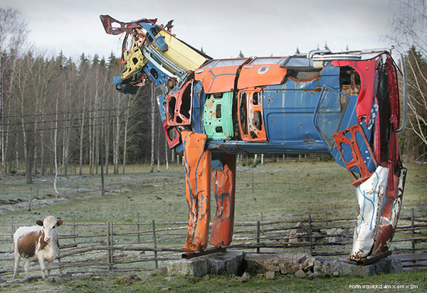 Cows Made Of Recycled Car Parts: cows_recylced_car_parts_5_20110903_2077635120.jpg