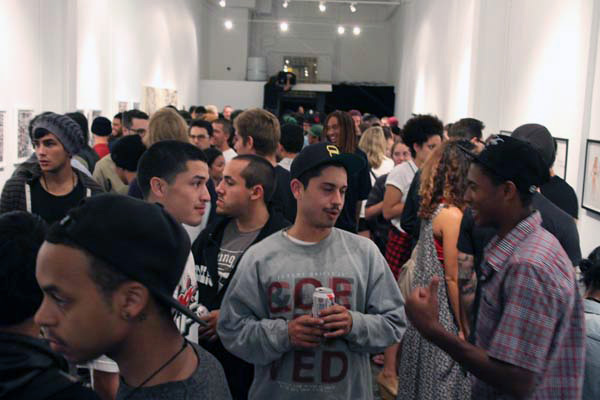 In L.A.: 2 Of Amerikas Most Wanted At New Image Art: neck_face_opening_46_20110919_1200981296.jpg
