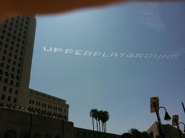 Saber goes Skywriting over Los Angeles to End Mural Moratorium: saber_skywriting_5_20110919_1128504244.jpg
