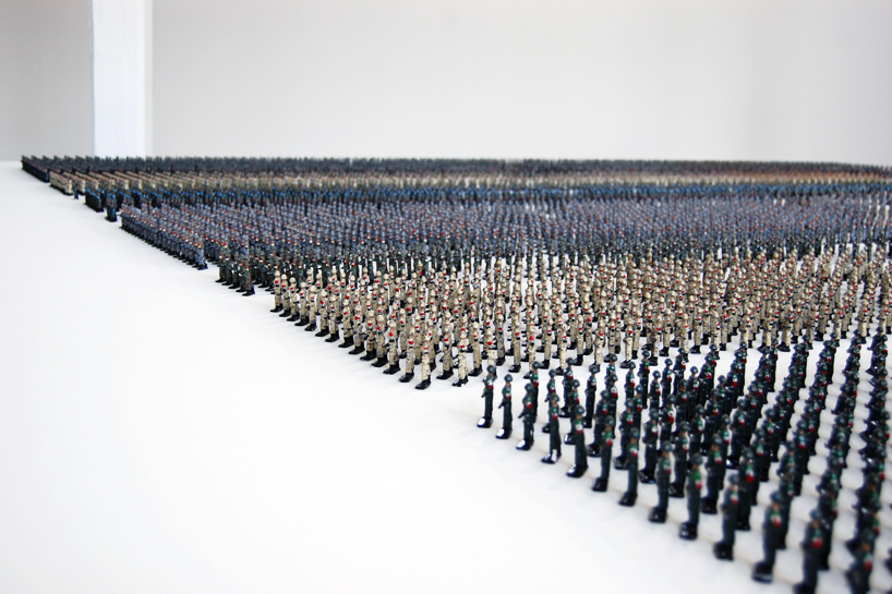 Tin Soldiers by Ala Younis at Istanbul Art Biennale 2011: ala_younis_tin_soldiers_1_20111006_2044608413.jpg
