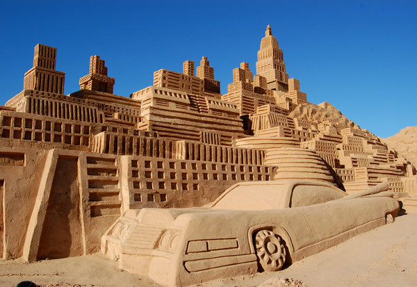 In Street Art: Sand Sculptures from Around the World: sand_sculptures_across_the_world_14_20111009_1737517631.jpg