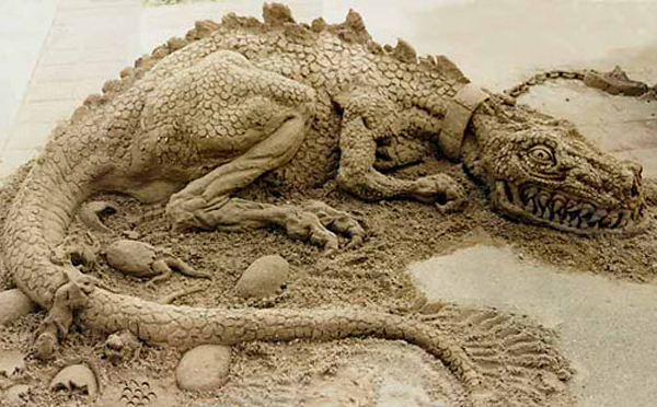 In Street Art: Sand Sculptures from Around the World: sand_sculptures_across_the_world_4_20111009_1209496360.jpg