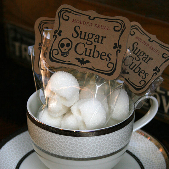 Skull Sugar for the Season: sugar_skulls_8_20111011_1147536625.jpg