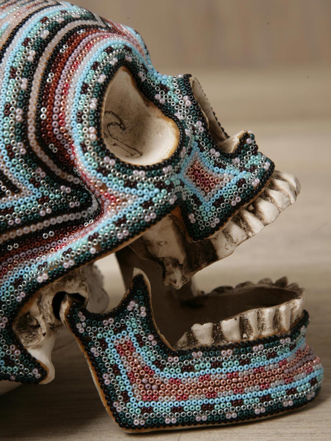 Beaded Skulls by Our Exquisite Corpse: our_exquisite_corpse_skulls_16_20111017_1885326651.jpg