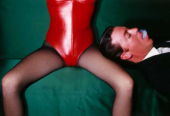 Click to enlarge image guy_bourdin_16_20111017_1045789706.png