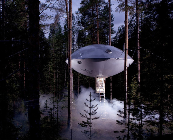 UFO Treehouse at Treehotel, Sweden: ufo_treehouse_3_20111026_1945380521.jpg