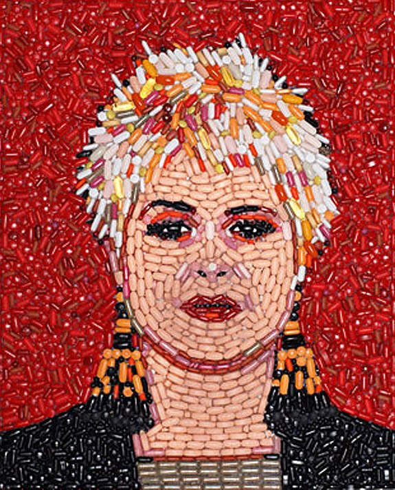 Pill Portraits of Celebrities by Jason Mecier: pill_portraits_10_20111119_1919409192.jpg