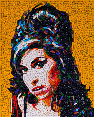 Pill Portraits of Celebrities by Jason Mecier: pill_portraits_1_20111119_1882778942.jpg