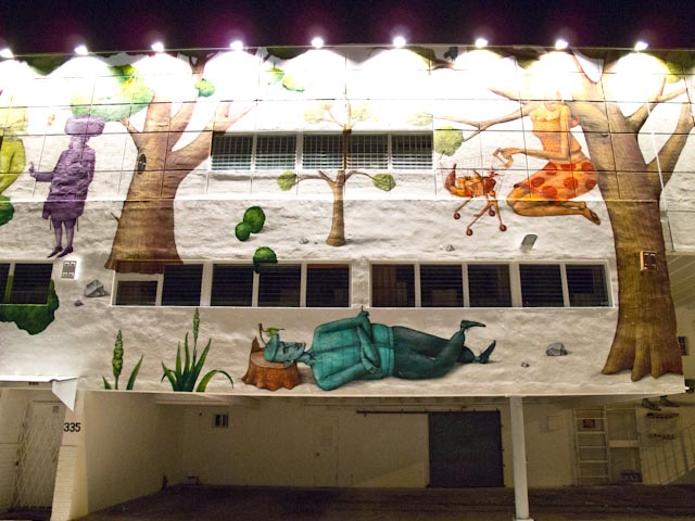Click to enlarge image wynwood_walls_night_33_20111201_1820770925.jpg