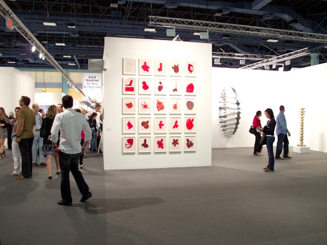 Art Basel: A Visit to the Main Fair: art_basel_fair_10_20111203_1281057985.jpg