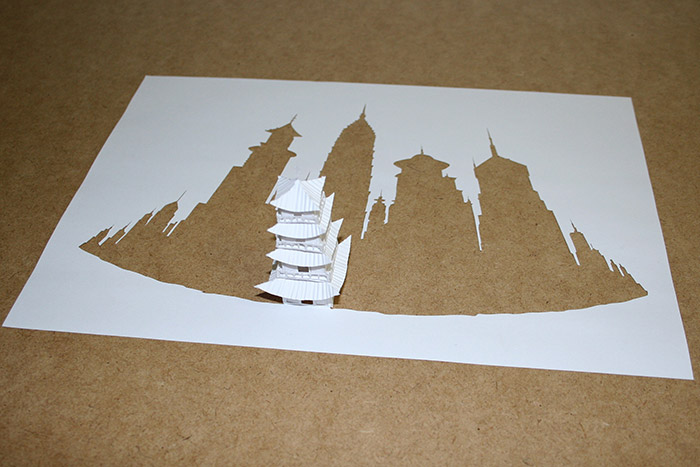 Paper Cut Sculptures by Peter Callesen: peter_callesen_15_20111206_1105900986.jpg