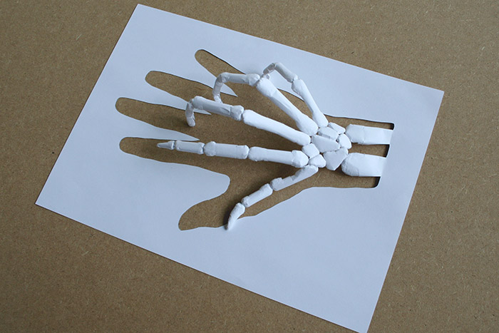 Paper Cut Sculptures by Peter Callesen: peter_callesen_18_20111206_1372774778.jpg