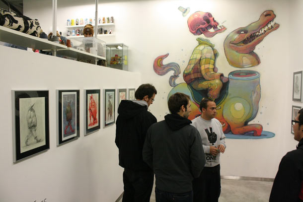 Aryz: Mural and Exhibition @ Montana Gallery and Shop, Lisbon: aryz_lisbon_10_20111209_1896066454.jpg