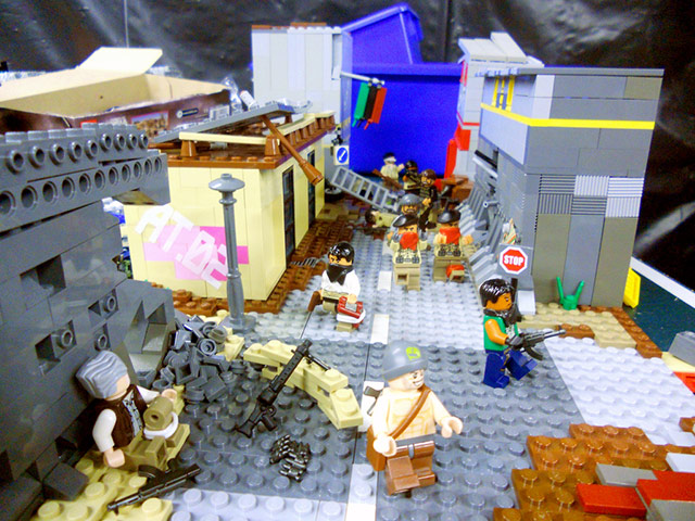 Click to enlarge image year_in_review_in_lego_1_20111213_1982747143.jpg