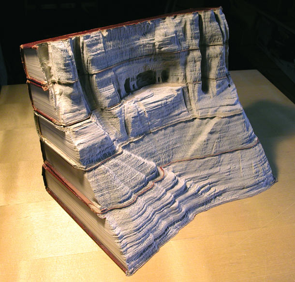 Carved Landscapes in Books by Guy Laramee: guy_laramee_24_20111222_1673964461.jpg