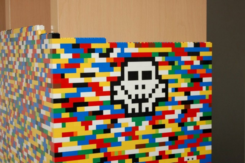 9-Foot LEGO Wall to Divide An Office: lego_wall_23_20120107_1480600873.jpg
