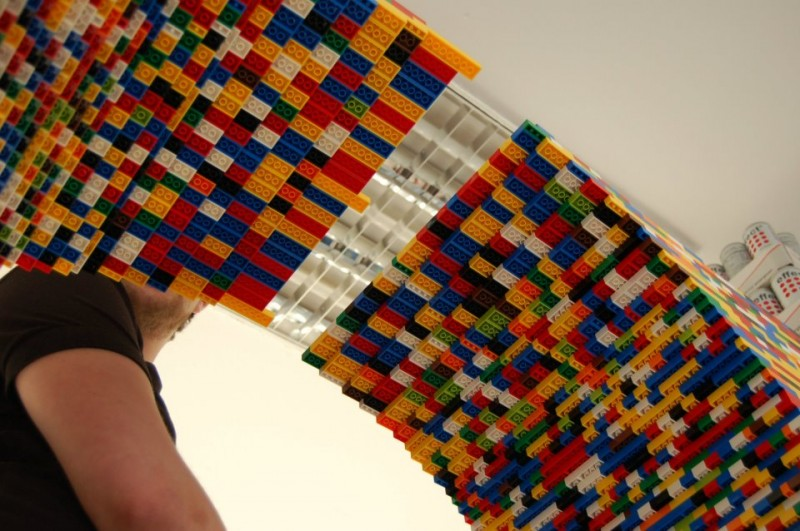 9-Foot LEGO Wall to Divide An Office: lego_wall_27_20120107_1021700751.jpg