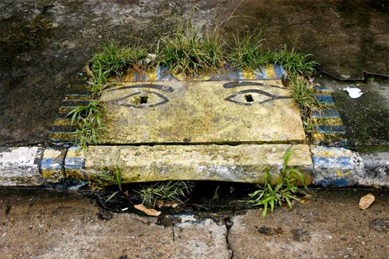 Street Art, Literally, by The 6emeia Project: the_6emeia_project_10_20120112_1457158318.jpg