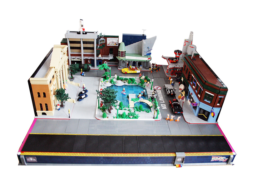 Back to the Future, Hill Valley, 2015 AD, in LEGOS: hill_valley_in_legos_14_20120202_1966120857.jpg