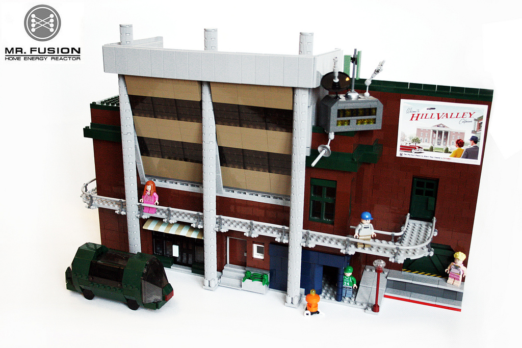 Back to the Future, Hill Valley, 2015 AD, in LEGOS: hill_valley_in_legos_20_20120202_1074491036.jpg