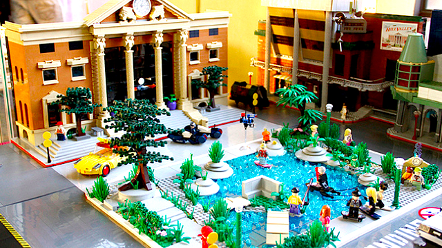 Back to the Future, Hill Valley, 2015 AD, in LEGOS: hill_valley_in_legos_23_20120202_1237881966.jpg