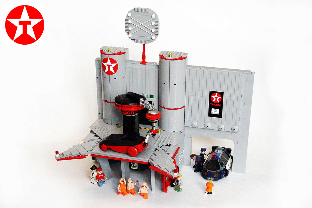 Click to enlarge image hill_valley_in_legos_2_20120202_1786751621.jpg