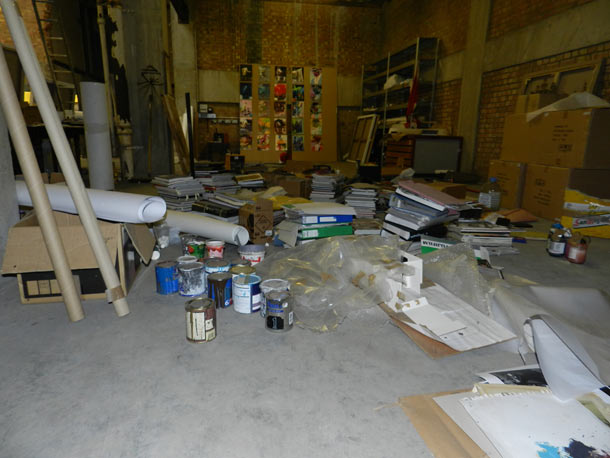 Studio Visit: Conor Harrington in London: conor_harrington_studio_visit_10_20120215_1532747694.jpg