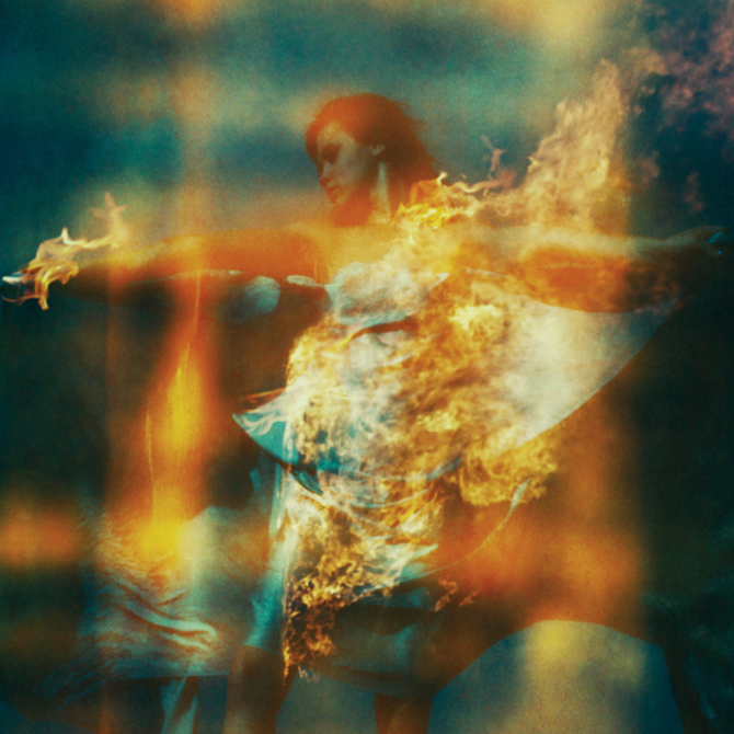 Photography and Album Covers by Neil Krug: neil_krug_28_20120227_1878313178.jpg