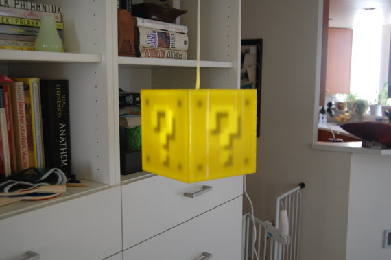 Super Mario Bros Question Box Lamp: mario_lamp_5_20120301_2078422600.jpg