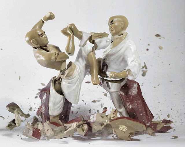 Porcelain Fighters Dropped, Photographed by Martin Klimas: martin_klimas_4_20120305_1039453044.jpg
